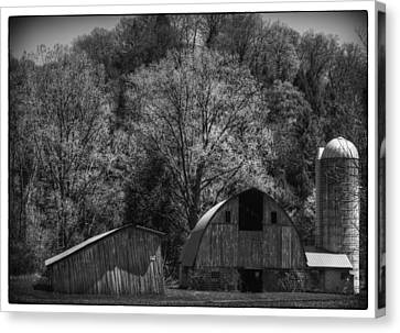 Southwest Wisconsin Barn Black And White Canvas Print by Thomas Young