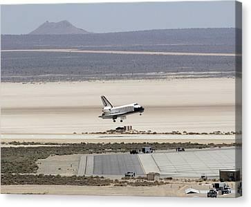 Space Shuttle Atlantis Landing Canvas Print by Science Source