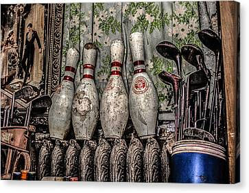 Spare Pins Canvas Print by Ray Congrove