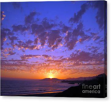 Canvas Print featuring the photograph Spectacular Sunset  by Debra Thompson
