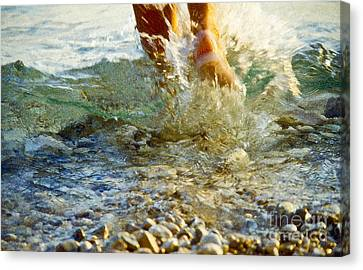 Splish Splash Canvas Print by Heiko Koehrer-Wagner