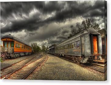 Old Sacramento Canvas Print - Split Trains by Tracy Thomas