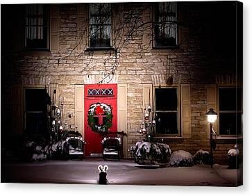 Spotlight On Christmas Canvas Print by Paul Wash