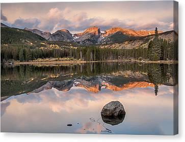 Sprague Lake Sunrise 2 Canvas Print by Lee Kirchhevel