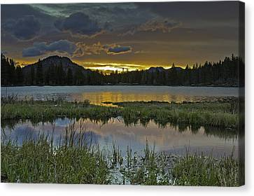 Sprague Lake Sunrise Canvas Print by Tom Wilbert