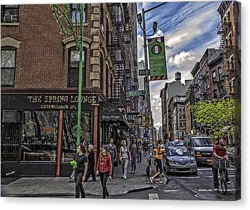 Spring And Mulberry - Street Scene - Nyc Canvas Print