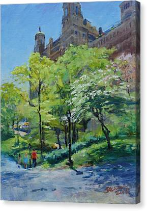 Spring Morning In Central Park Canvas Print