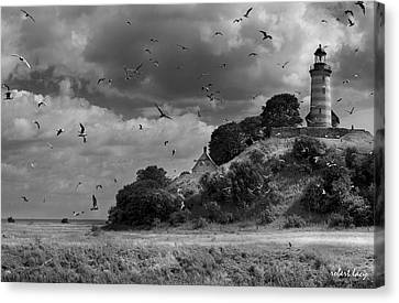 Sprogoe Lighthouse Canvas Print by Robert Lacy