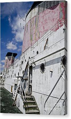 Ss United States Smokestakes By Jessica Berlin Canvas Print by Jessica Berlin
