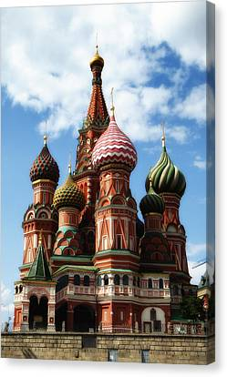 St. Basil's Cathedral Canvas Print by Linda Dunn