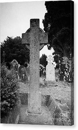St Kevins Cross High Celtic Cross Grave Stone Glendalough Monastery County Wicklow Republic Of Ireland Canvas Print by Joe Fox