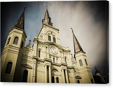 St Louis' Cathedral In New Orleans Canvas Print
