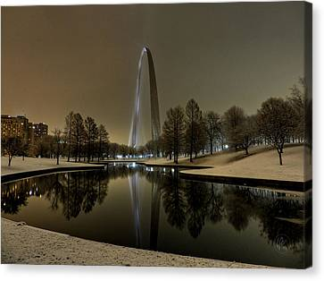 St. Louis - Winter At The Arch 004 Canvas Print