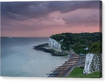 St Margarets Bay Dover Canvas Print by Ian Hufton