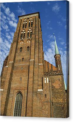 St. Mary's Church In Gdansk Canvas Print by Adam Budziarek