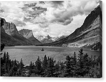 St. Mary's Lake Canvas Print by Andrew Soundarajan