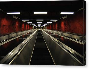 Stairway To Red Canvas Print by Frederico Borges