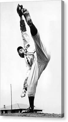 Brooklyn Dodgers Canvas Print - Star Pitcher Van Lingo Mungo by Underwood Archives