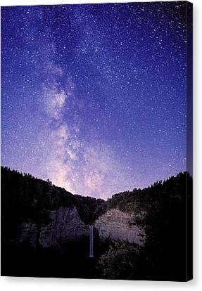 Starry Night Of Taughannock Waterfalls Canvas Print by Paul Ge