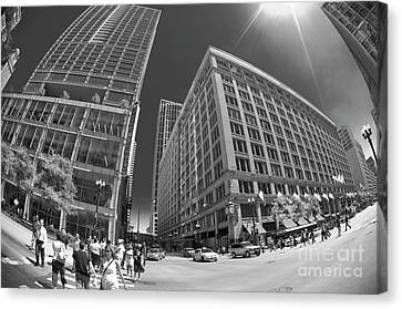 State And Randolph Street At Lunchtime Chicago Il Canvas Print by Linda Matlow