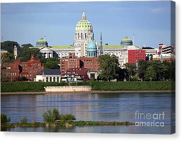 State Capitol Building Harrisburg Pennsylvania Canvas Print by Bill Cobb