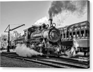 Steam Train No. 40 Bw Canvas Print by Susan Candelario