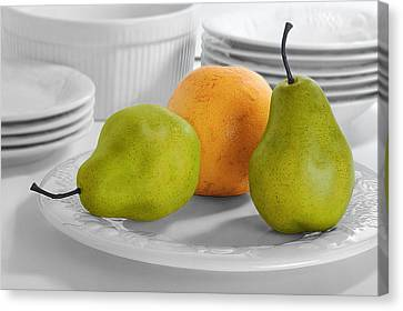 Canvas Print featuring the photograph Still Life With Pears by Krasimir Tolev