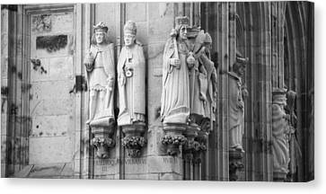 Stone Figures Cologne Germany Bw Canvas Print by Teresa Mucha