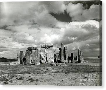 Stonehenge Prehistoric Monument Canvas Print by Science Source