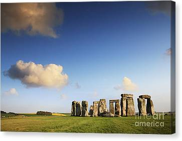 Stonehenge Summer Evening Canvas Print by Colin and Linda McKie