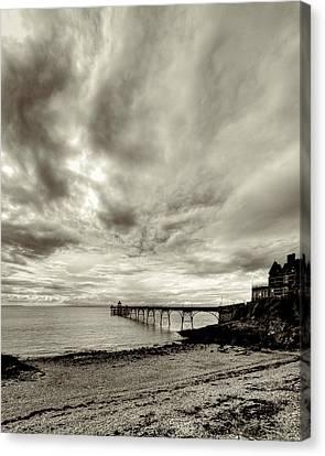 Storm Clouds Over Clevedon Pier Canvas Print by Rachel Down