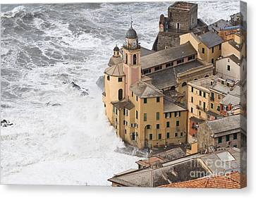 Canvas Print featuring the photograph Storm In Camogli by Antonio Scarpi