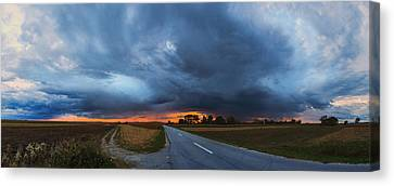 Storm Is Coming Canvas Print by Davorin Mance