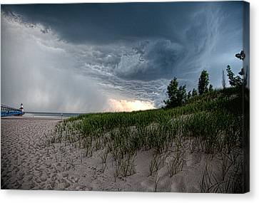 Storm Rolling In Canvas Print by John Crothers