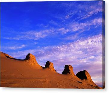 Storms Carve Sand Dunes In Peaks Canvas Print by Robert L. Potts