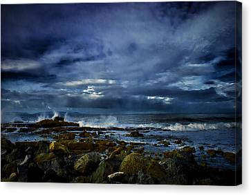 Canvas Print featuring the photograph Stormy Beach by Joseph Hollingsworth