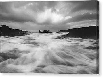 Canvas Print featuring the photograph Stormy Morning by Roy  McPeak