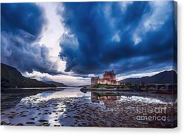 Stormy Skies Over Eilean Donan Castle Canvas Print