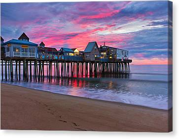Stormy Sunrise At Oob Canvas Print by Benjamin Williamson