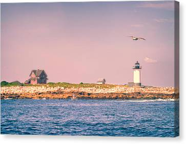 Straitsmouth Lighthouse On A Sunny Afternoon Canvas Print by Jeff Folger