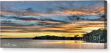Streaky Sunset - Wangi Wangi Canvas Print by Geoff Childs