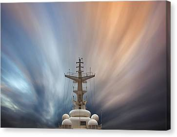 Canvas Print featuring the photograph Streaming Clouds Mg_2223 by David Orias