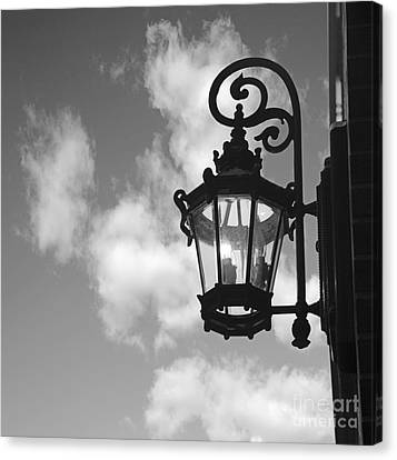 Street Lamp Canvas Print by Tony Cordoza