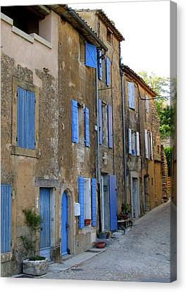 Street Scene In Provence Canvas Print by Carla Parris