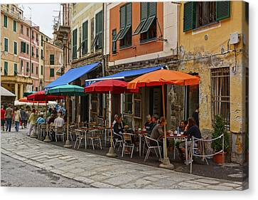 Vernazza Canvas Print - Street Scene Vernazza Italy Dsc02628  by Greg Kluempers