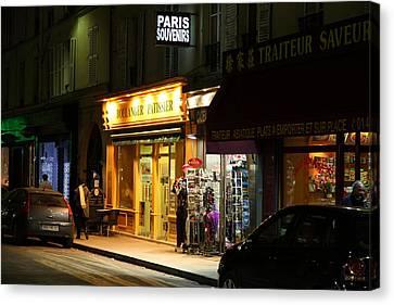 Street Scenes - Paris France - 011322 Canvas Print by DC Photographer