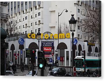 Street Scenes - Paris France - 011343 Canvas Print by DC Photographer