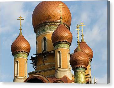 Student Orthodox Church, Bucharest Canvas Print by Peter Adams