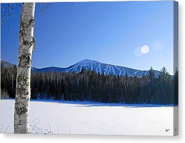 Sugarloaf Usa Canvas Print by Alana Ranney