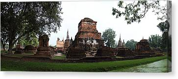 Sukhothai Historical Park - Sukhothai Thailand - 01132 Canvas Print by DC Photographer
